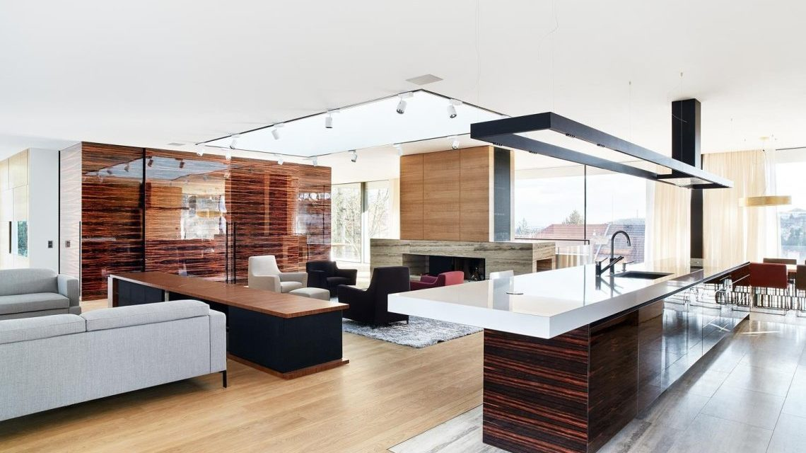 Grand Inspiration for an Entertaining Kitchen Remodel