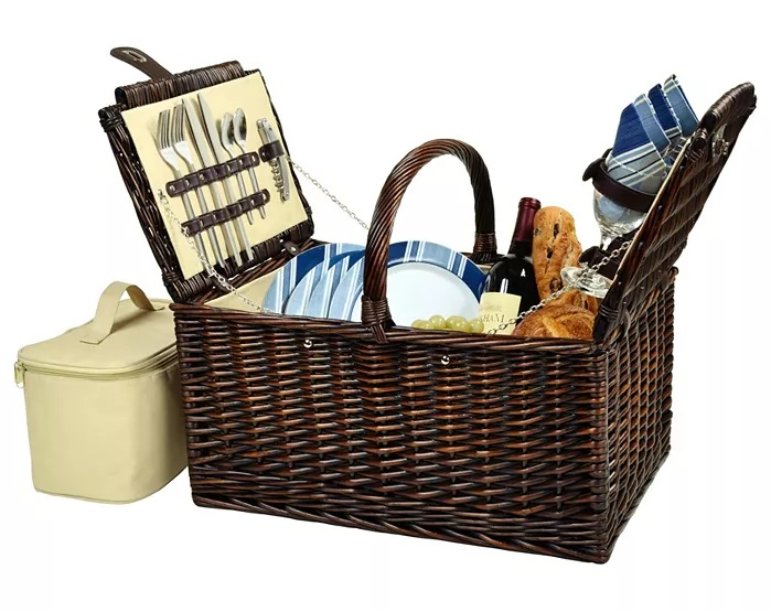 Macy's Picnic at Ascot's Buckingham Willow Picnic Basket with Service for 4
